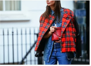 Over the shoulder street style