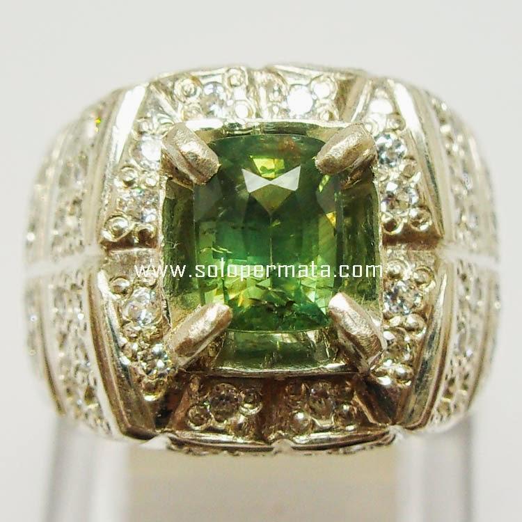 Batu Permata Green Sapphire Ceylon - Sp017