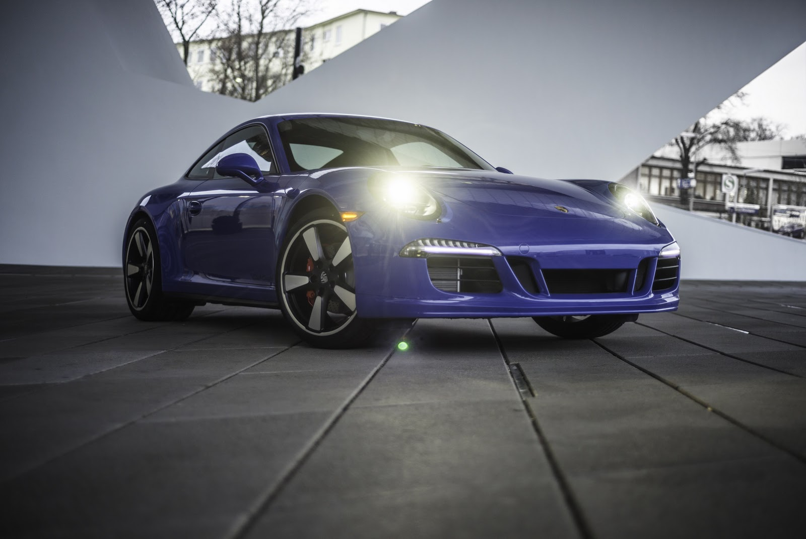 2011 - [Porsche] 911 [991] - Page 8 Porsche-911-GTS-Club-Coupe-8
