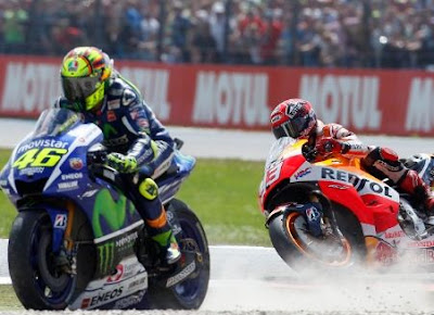 Hubungan Rossi - Marquez Kini Dipertanyakan?