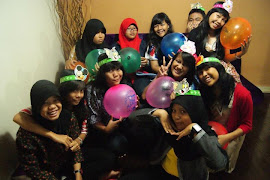 girls @ dilla's party