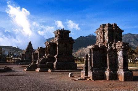 Candi Dieng : Wisata Sejarah di dieng