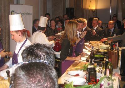 Berlin - Sarah Wiener Showküche beim Event in der italienischen Botschaft