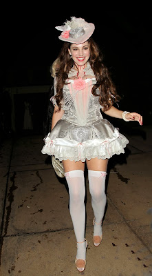 Kelly Brook as a sexy Marie Antoinette at Halloween party in Beverly Hills