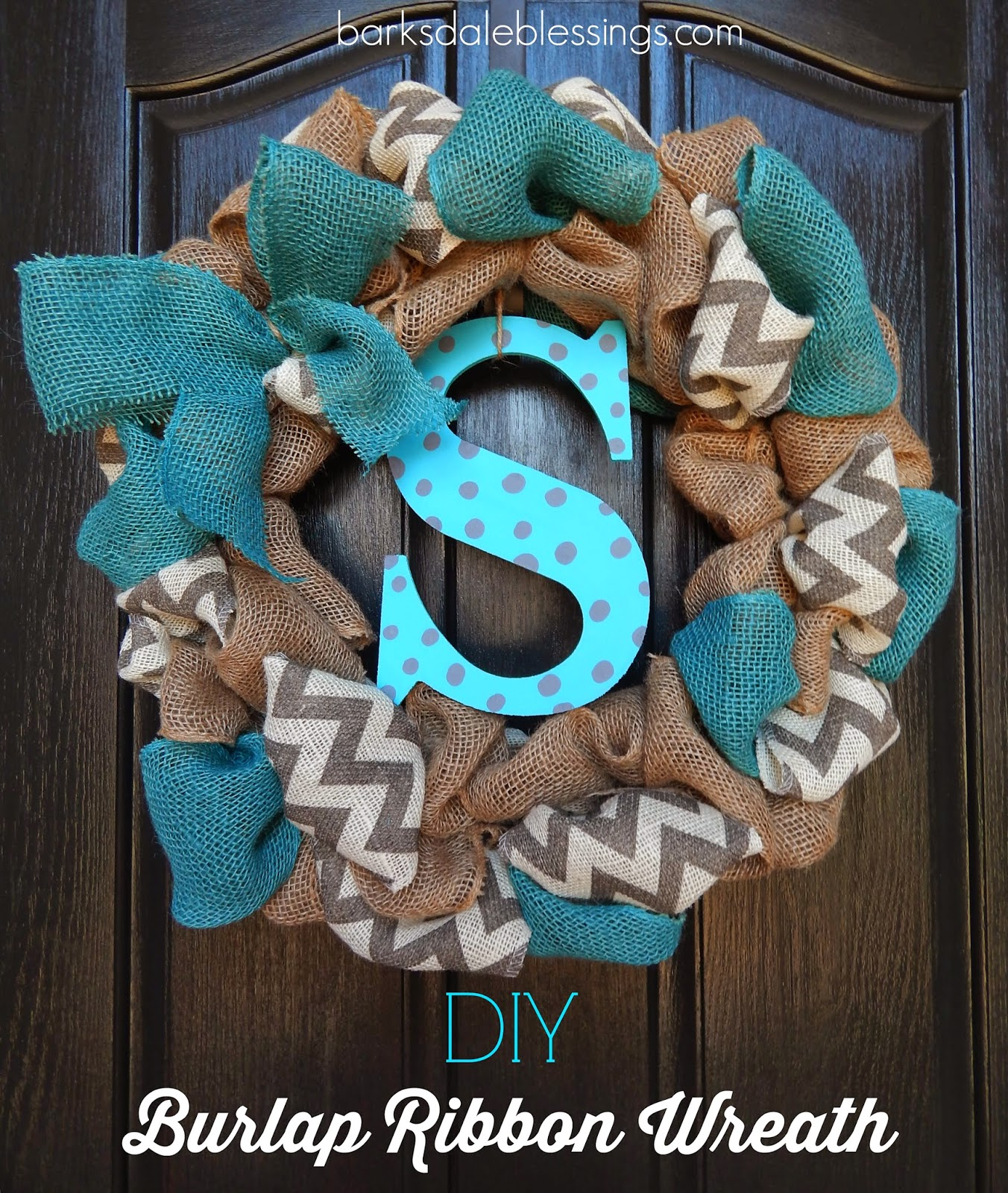 http://barksdaleblessings.blogspot.com/2014/04/diy-burlap-ribbon-wreath.html