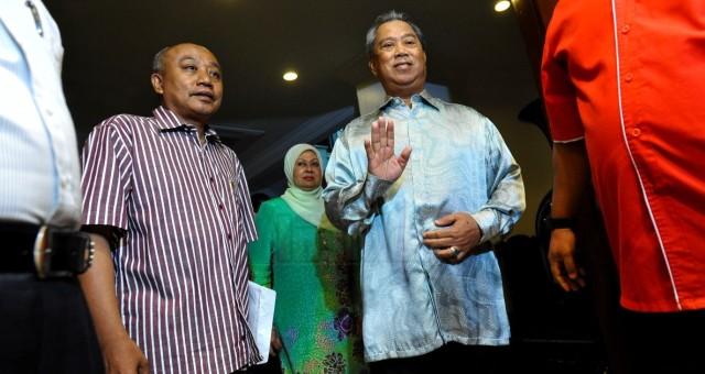 Pemberontakan Umno bermula di Johor, 3 pemimpin sayap letak jawatan