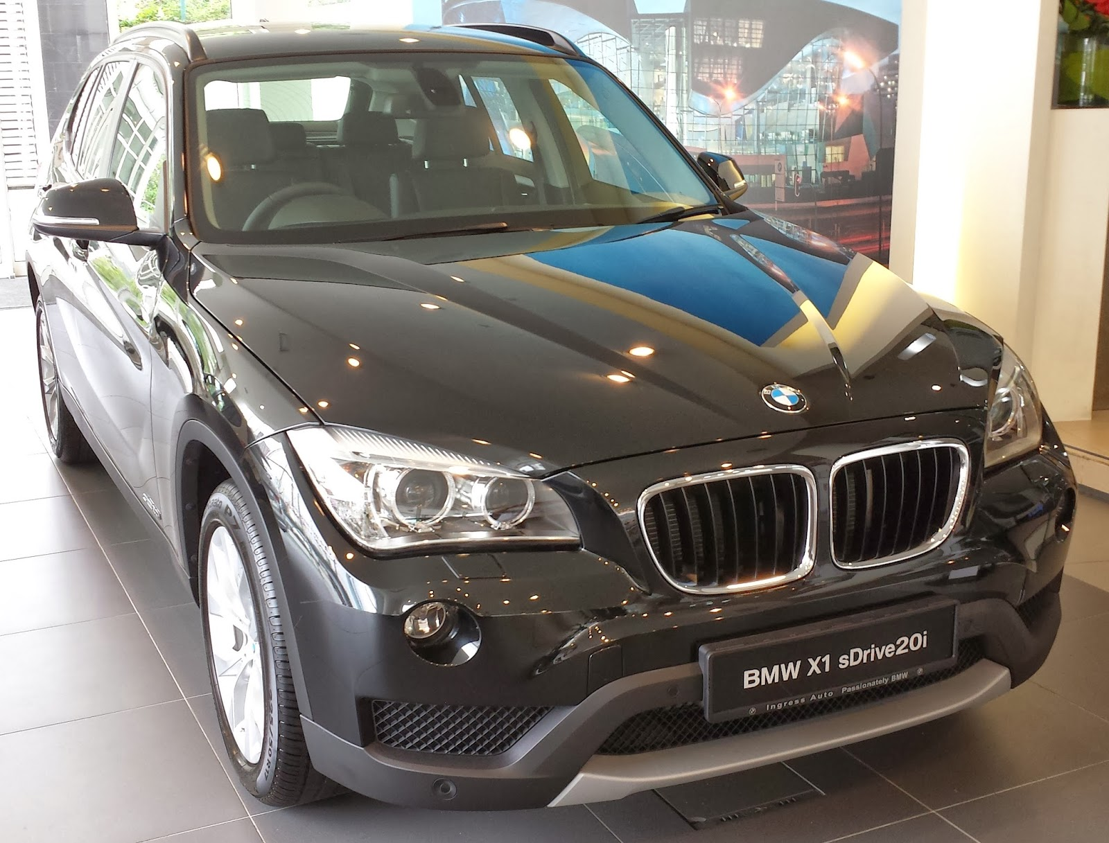the layman auto the c suv bmw x1. Black Bedroom Furniture Sets. Home Design Ideas