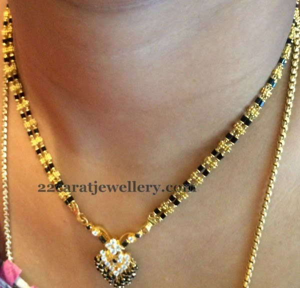 Simple Choker With Gold Black Beads Jewellery Designs