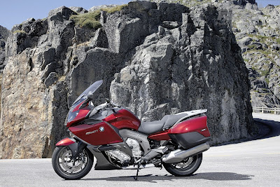 BMW K1600GT wallpaper