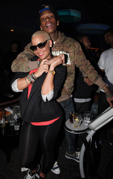 wiz khalifa amber rose tongue. Amber+rose+and+wiz+khalifa