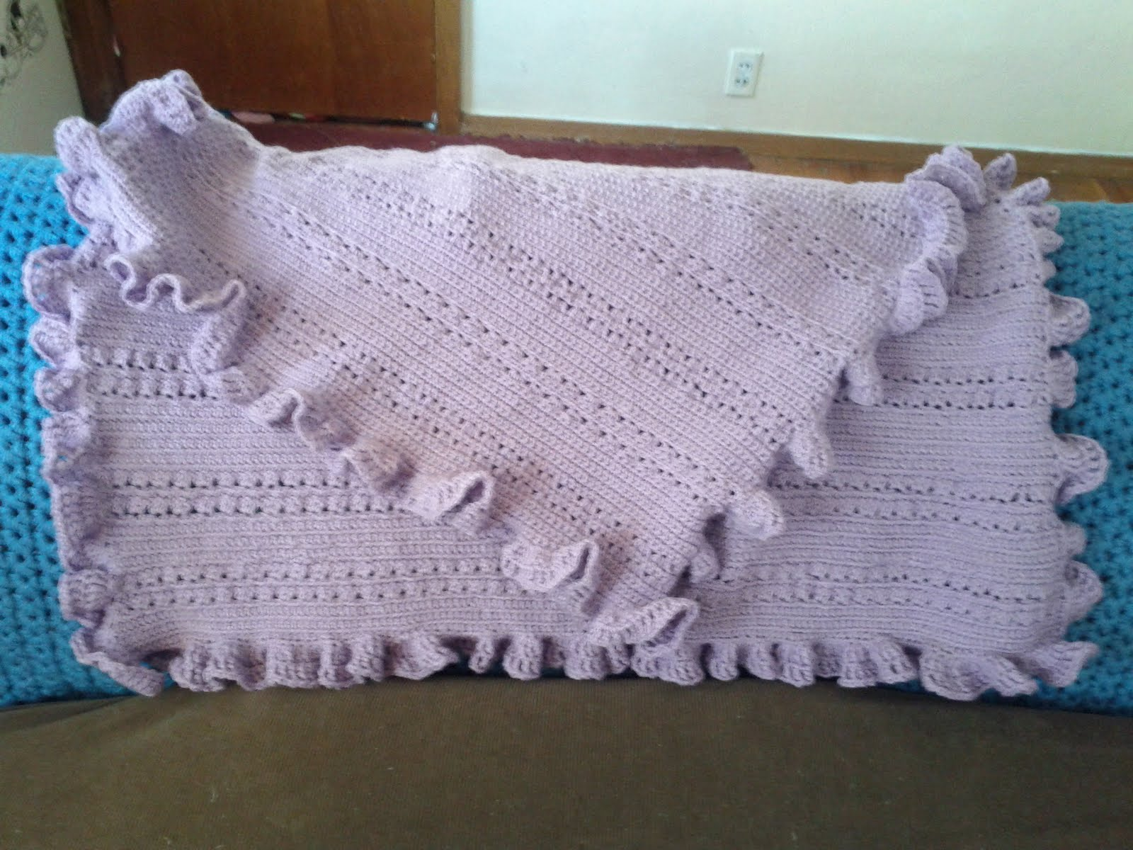 Free Crochet Pattern Ruffle Edging : CROCHET RUG PATTERNS FREE - Crochet Club