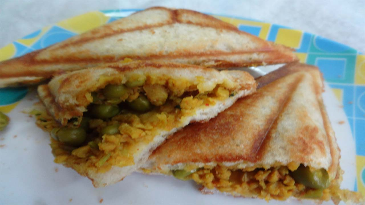 Rasoitube veg soyabean sandwich recipe hindi easy breakfast veg soyabean sandwich recipe hindi easy breakfast recipe how to make veg soyabean recipe forumfinder Gallery