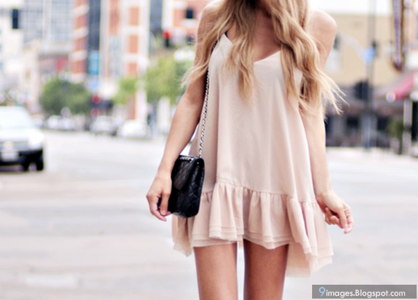 Cute Girl Fashion Outdoor Beg Beautiful