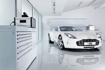 Aston-Martin-One-77-White-ND
