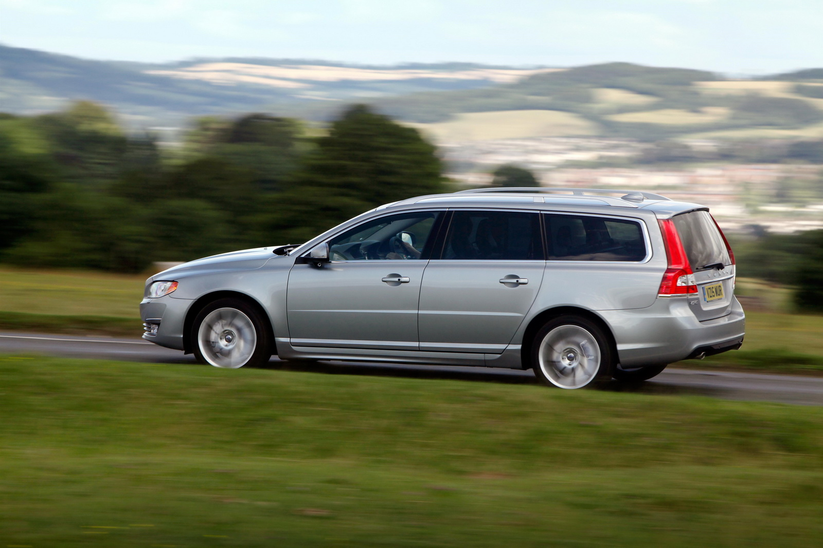 volvo updates my2016 model range with new drive e engines carscoops. Black Bedroom Furniture Sets. Home Design Ideas