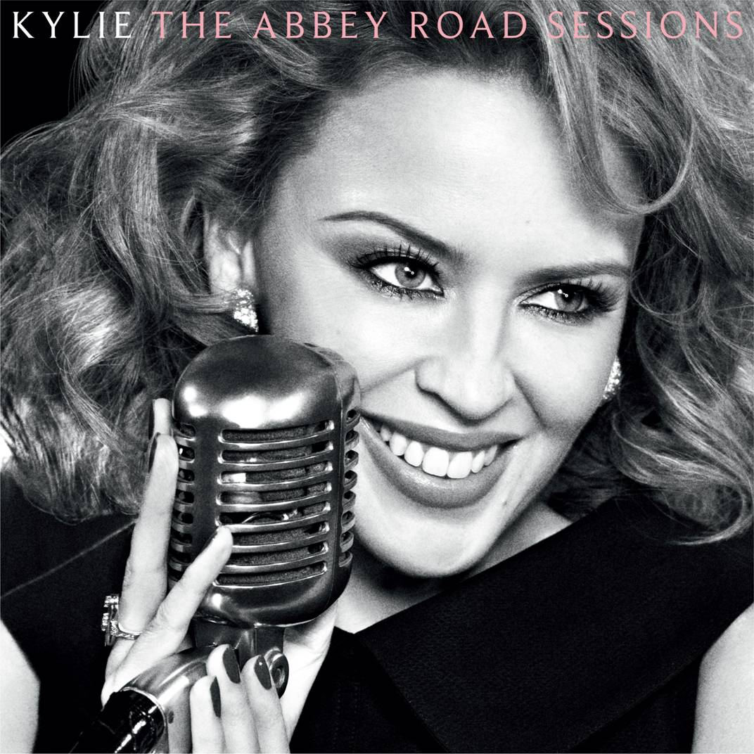 http://2.bp.blogspot.com/-raIFLhkxf5g/UKAXK7U5H_I/AAAAAAAAGro/Xf01A-HsTCE/s1600/Kylie_Minogue_AbbeyRoadCover.jpeg