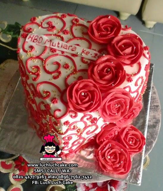 Kue Tart Love Romantis Daerah Surabaya - Sidoarjo