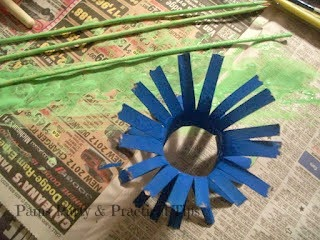 Making the Petals, Cardboard Tube Flower