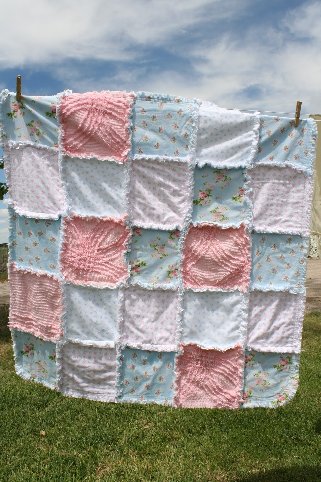 Deerecountry Quilts Shabby Chic Baby Girl Rag Quilt