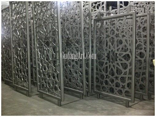 pagar cor besi masjid