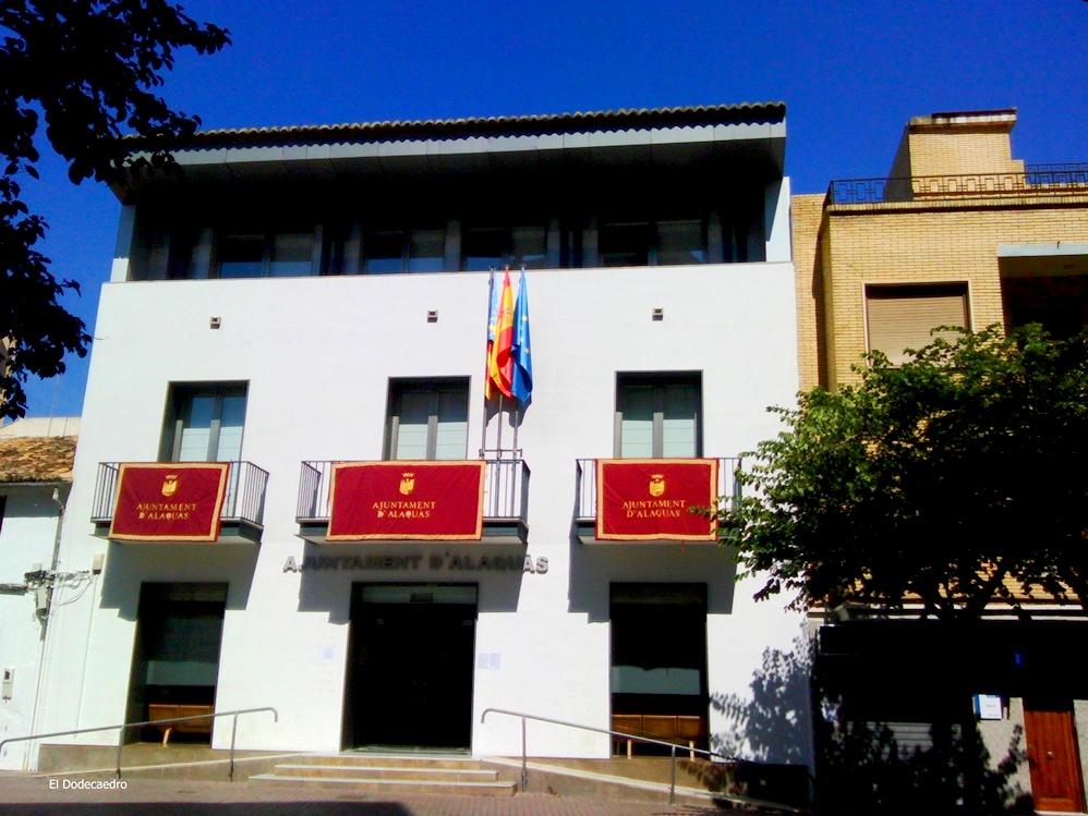 El jefe de gabinete de elvira garcia tiene la oficina en for Oficinas linea directa madrid