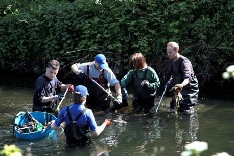Wandle Modern gullible s travels cleaning the wandle april 2104