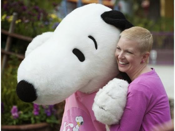 knotts berry farm, knotts for the cure, pink ribbon, oc register, snoopy, oc blogger,