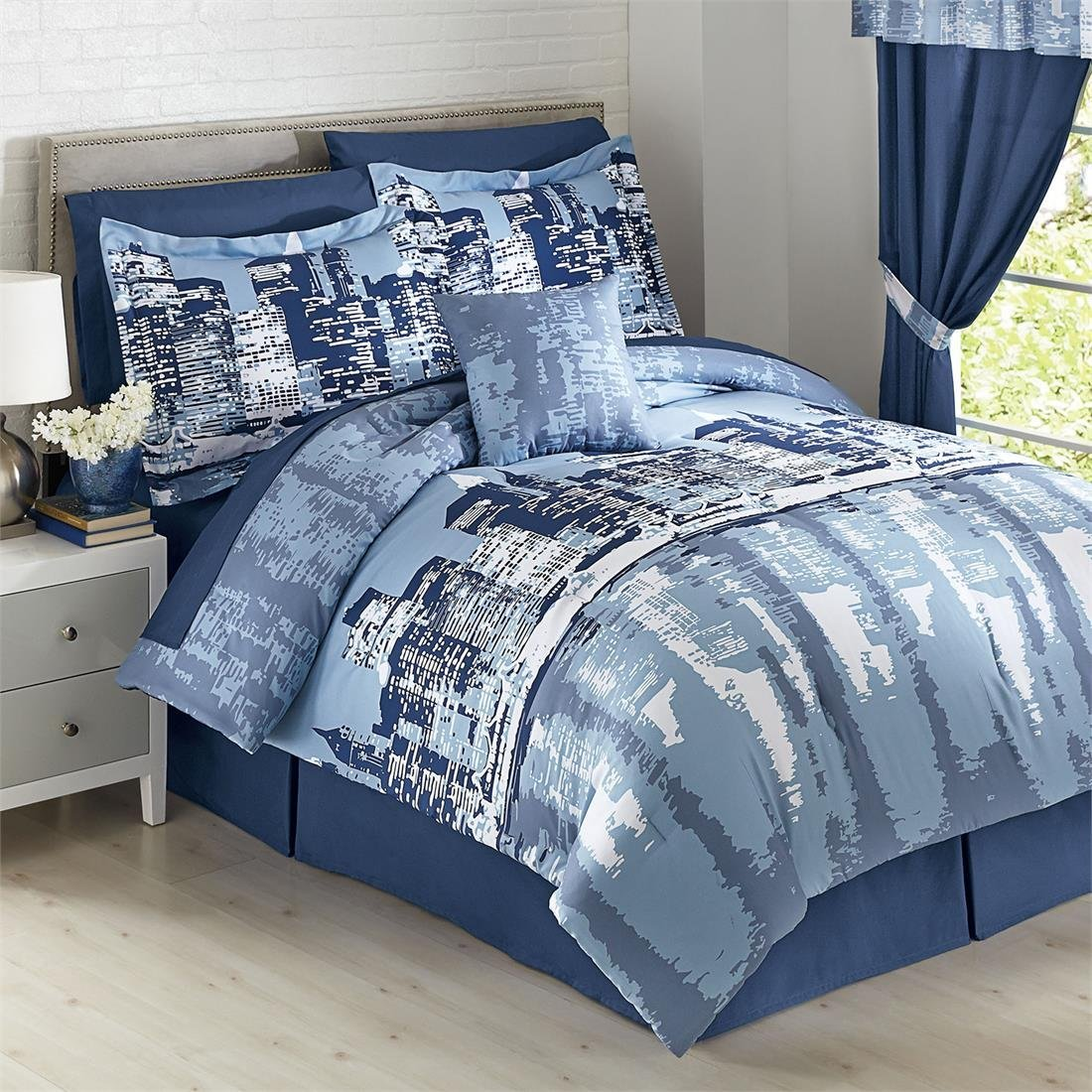 Total fab new york city themed skyline comforters sets for New york city themed bedroom decor