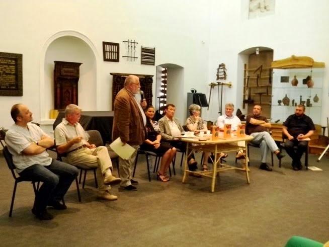 """Cluj-Napoca, 31 iulie 2012 - Lansarea de carte """"Portul tradițional românesc din Bistrița-Năsăud""""."""