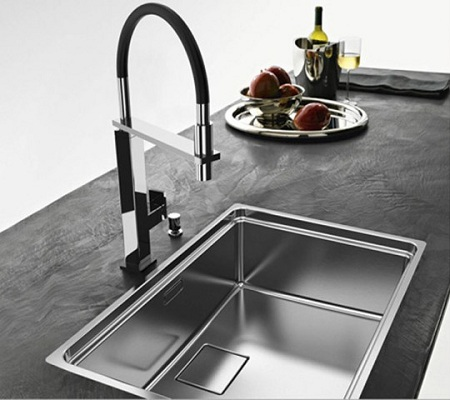 stainless-steel-kitchen-sink