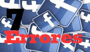 Facebook es como un gran parque público: puede ser un lugar muy divertido, pero si nos descuidamos o cometemos imprudencias, también puede convertirse en una fuente de problemas. Y no virtuales… sino muy reales.Por esta razón, durante los últimos años los expertos han insistido en una serie de recomendaciones para resguardar nuestra privacidad y la de nuestra familia en una red que ya se empina sobre los 700 millones de personas. Si eres de aquellos que no pasan un día sin echar un vistazo a su perfil, entonces deberías revisar (y asegurarte de no cometer) alguno de los 7 errores