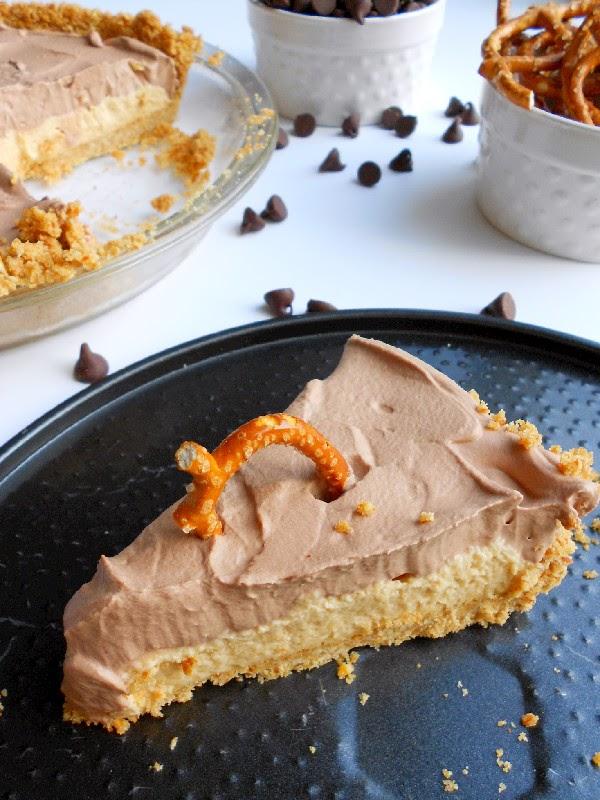 Confessions of a Confectionista: No-Bake Chocolate Peanut Butter Pretzel Pie