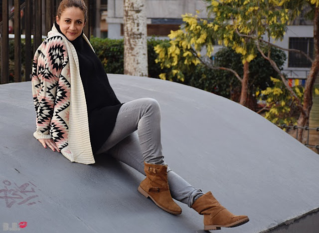 Outfit-cardigan-geometrico-2