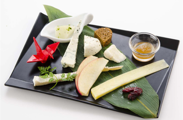 JAL First Class cheese offerings for Winter 2013