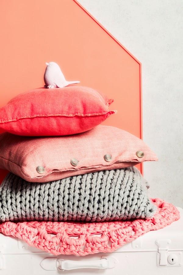Atelier rue verte le blog diy une t te de lit et sa - Tete de lit table de nuit ...