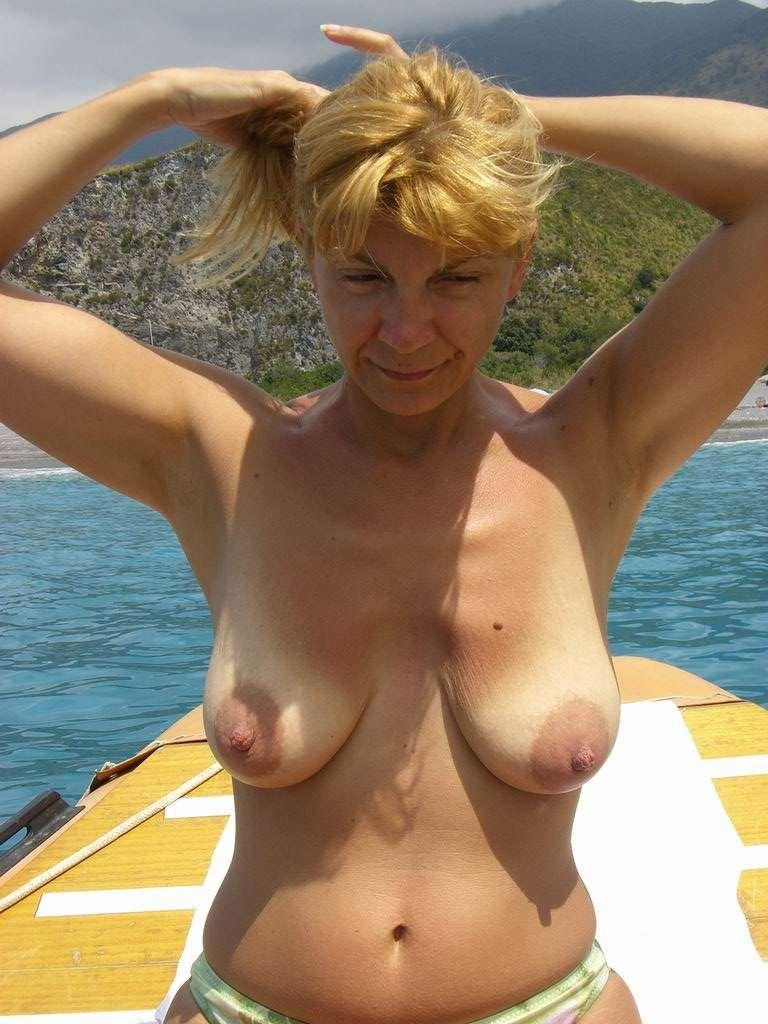 Saggy floppy tits