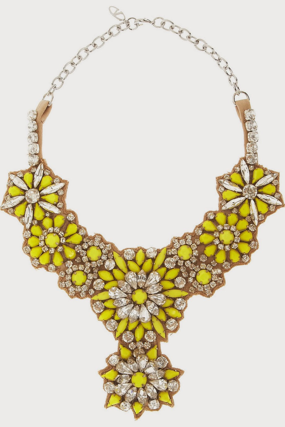 Find and save ideas about Jewelry trends on Pinterest. | See more ideas about Jewelry accessories, Jewelry trends and Accessorize trends.
