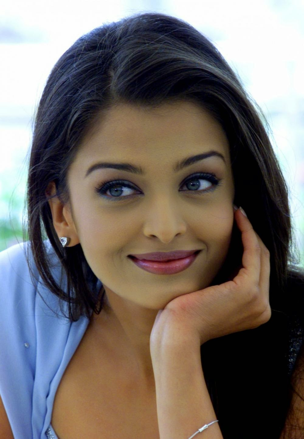 Aishwarya rai bachchan picture all actor actress picture aishwarya rai bachchan picture geenschuldenfo Images