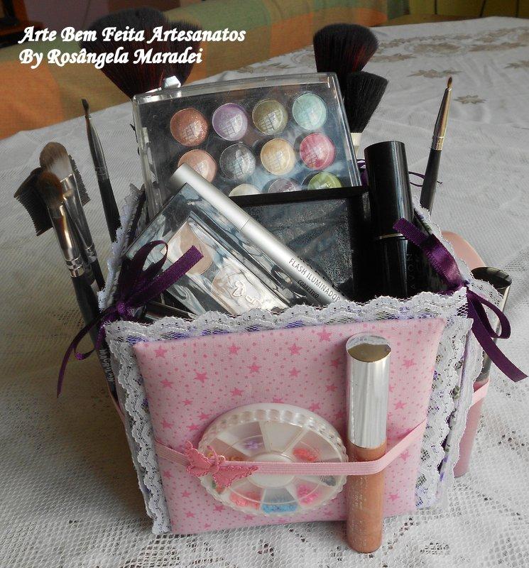 Extremamente Arte Bem Feita Artesanatos: Porta maquiagem feito de caixa de leite IK82