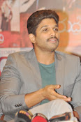 Allu Arjun latest stylish photos-thumbnail-6