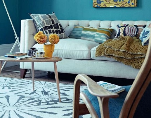 decorating in blue