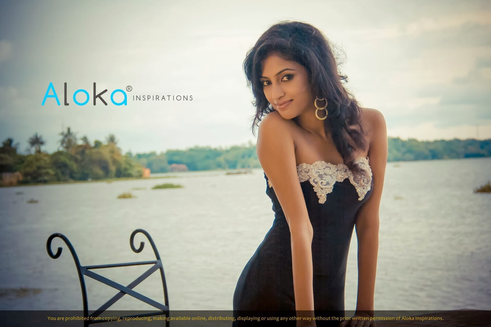 Dilini Madhushika very slim model
