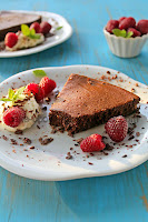http://cake-cookie-pie.blogspot.hr/2014/08/bezgresna-cokoladna-torta.html
