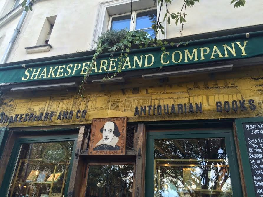Shakespeare and Company sign