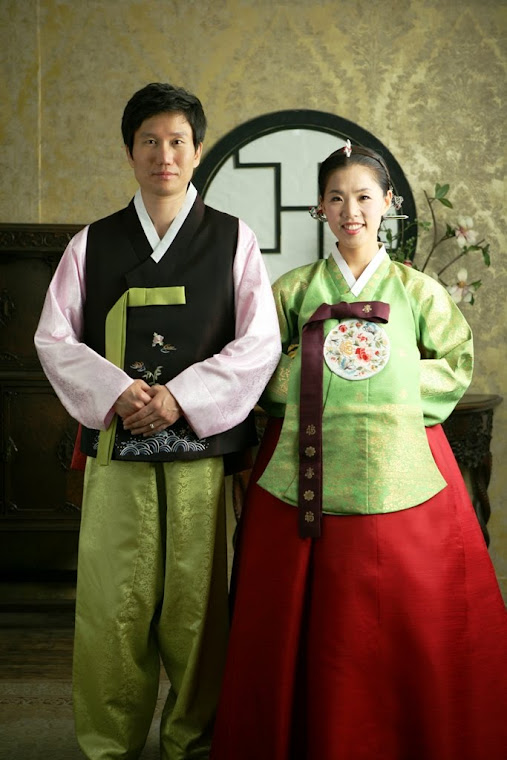 HANBOK (KOREAN DRESS)  韓服