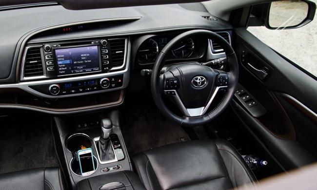 2016 Toyota Kluger Grande Review LT3