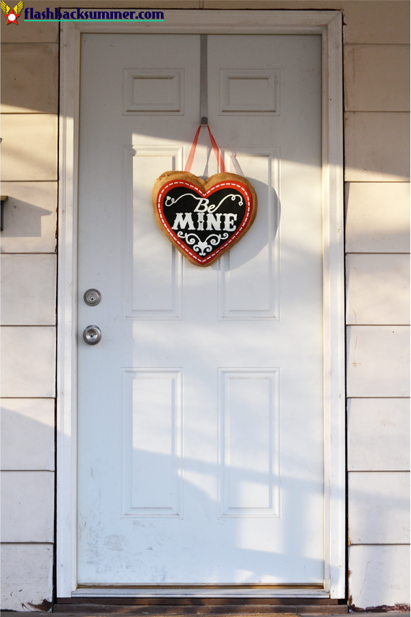 Flashback Summer: My Home Decor Goal - Valentine's Day Decor