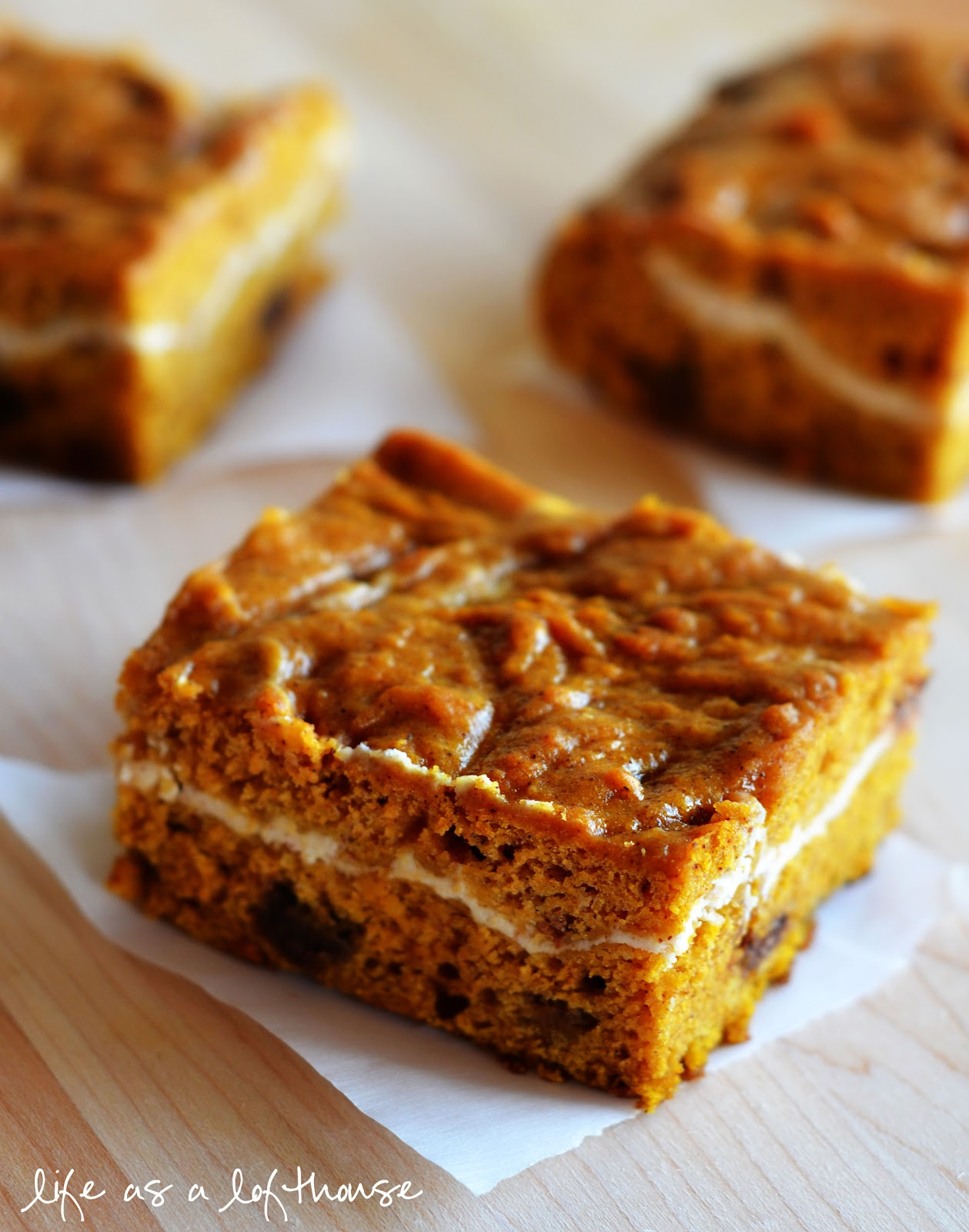 Pumpkin Chocolate Chip Bars - Life In The Lofthouse