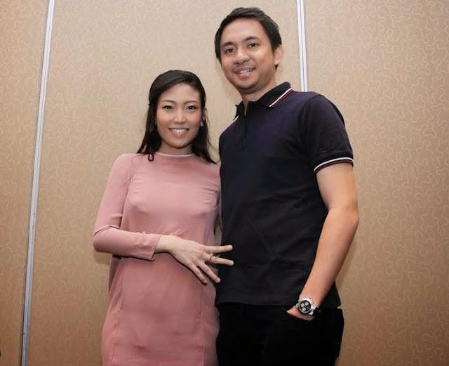 Foto Suami Ayu Dewi