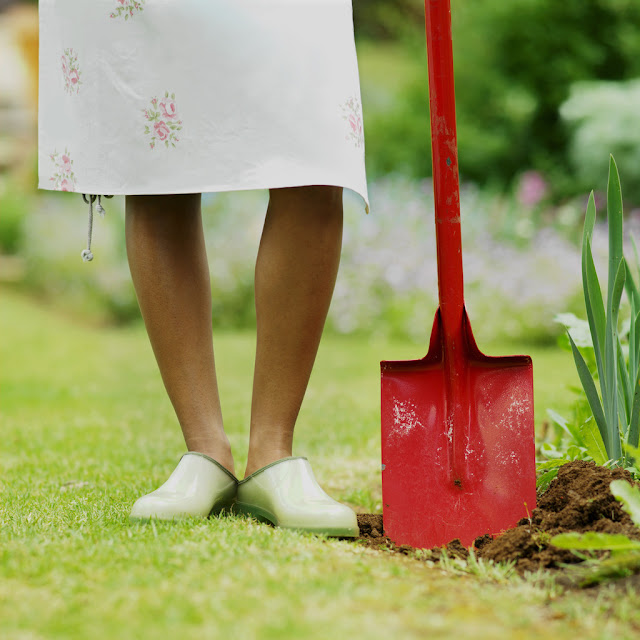 garden gardening hobby shovel shoes woman happiness